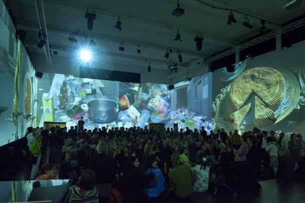 Projektion im Vortragssaal, Festival der Künste, ZHdK, Zürich